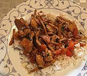 Hühnchen-Geschnetzeltes mit Teriyaki Sauce und Gemüse (Bild)
