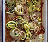 Überbackene Zucchiniröllchen (Bild)