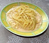 Spaghetti mit Tomaten-Käse-Sahne-Sauce à la Didi (Bild)