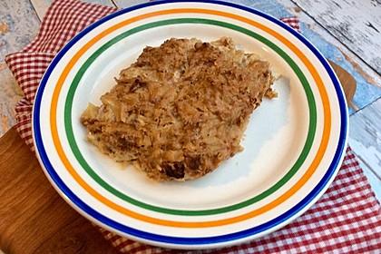 Veganer Schupfnudel-Sauerkraut-Auflauf mit würzigem Sojahack (Bild)