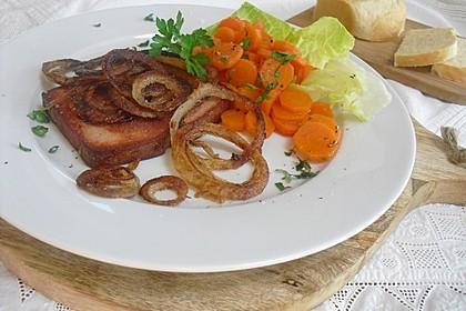 Möhren und Fleischkäse mit Röstzwiebeln (Bild)