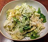 Salatsoße bzw. Salatdressing mit Honig und Senf (Bild)