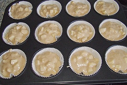Apfel - Marzipan - Muffins 12