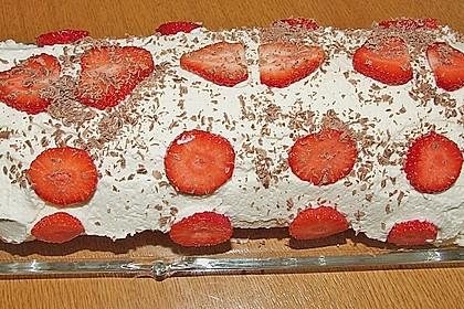 Erdbeer-Sahnerolle 114