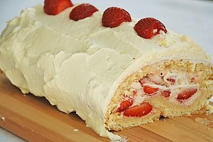Erdbeer-Sahnerolle 72