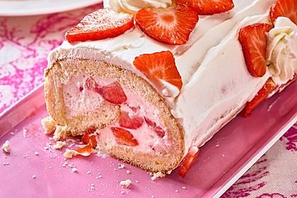 Erdbeer-Sahnerolle 67