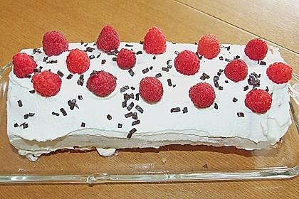 Erdbeer-Sahnerolle 103