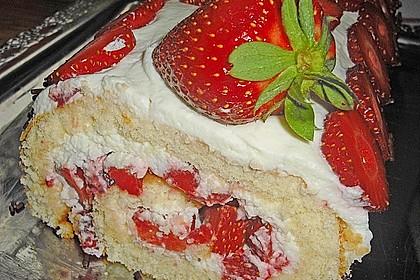 Erdbeer-Sahnerolle 58