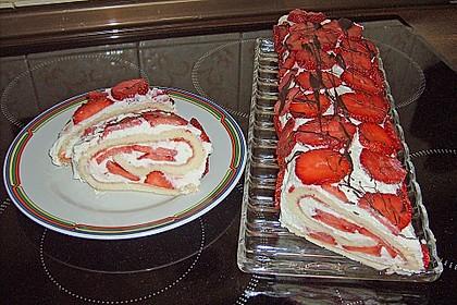 Erdbeer-Sahnerolle 22