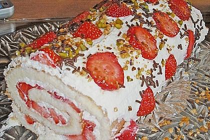 Erdbeer-Sahnerolle 70