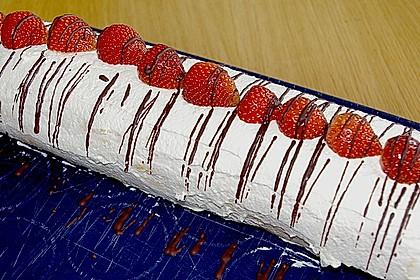 Erdbeer-Sahnerolle 26