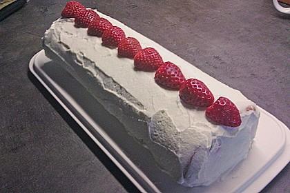 Erdbeer-Sahnerolle 123