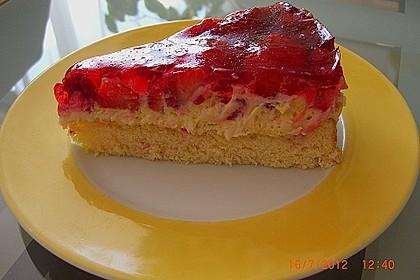 Erdbeer-Sahnerolle 167