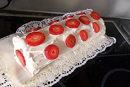 Erdbeer-Sahnerolle 109