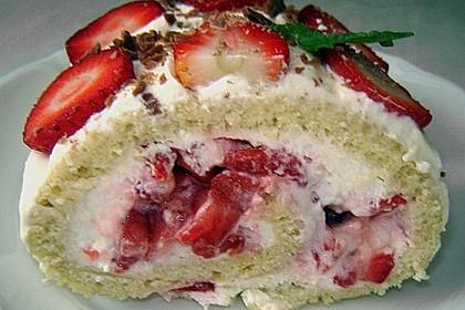 Erdbeer-Sahnerolle 79