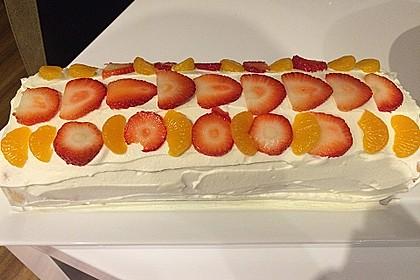 Erdbeer-Sahnerolle 112