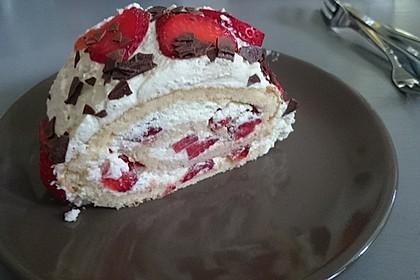 Erdbeer-Sahnerolle 91
