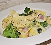 Sahne - Broccoli - Nudeln (Bild)