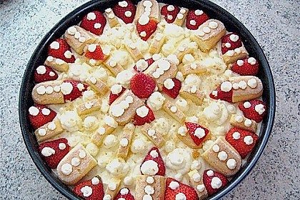 Erdbeer - Tiramisu - Torte à la Alina 4