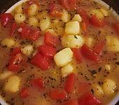 Kartoffel-Paprika-Suppe mit Crème fraîche (Bild)