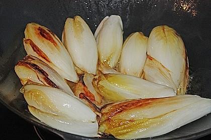 Chicoree mit Schinken und Käsesauce 7