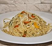 Spaghettini aglio e olio wie in Italien (Bild)