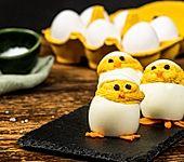 Gefüllte Eier-Küken zu Ostern (Bild)