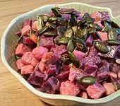 Rote Bete-Kichererbsen-Salat mit Tahin-Dressing (Bild)