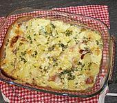 Kartoffelgratin mit Schinken (Bild)