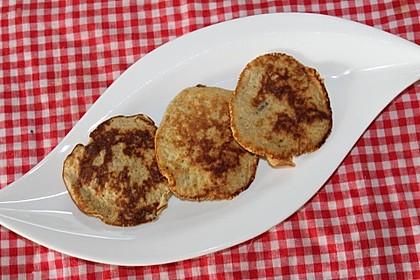 Bananen-Pancakes für Babys (Bild)