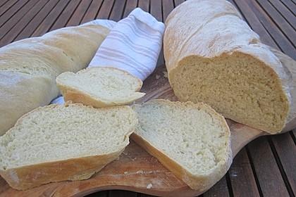Baguette mit Avocado (Bild)