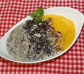 Schwarzer Kokos-Milchreis mit Mango (Bild)