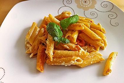 Nudeln mit Tomaten, Schafskäse und Oliven 20