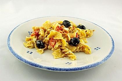 Nudeln mit Tomaten, Schafskäse und Oliven 19