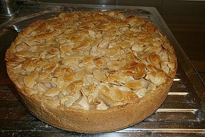 Apfelkuchen mit Mandeldecke (Bild)