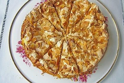 Stachelbeer - Sahne - Baiser - Torte 3