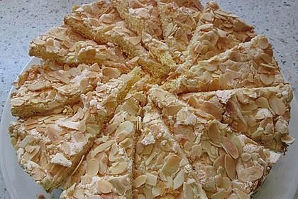 Stachelbeer - Sahne - Baiser - Torte 7