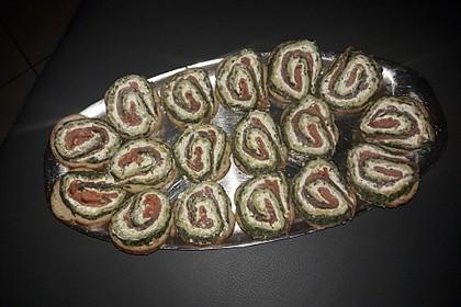 Lachsrolle mit Spinat und Frischkäse 83