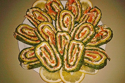 Lachsrolle mit Spinat und Frischkäse 97