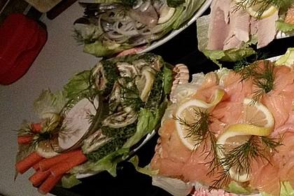 Lachsrolle mit Spinat und Frischkäse 137