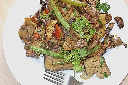 Tofu und grüne Bohnen - Pilz Pfanne