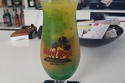 Blue Curaçao - Cocktail 3
