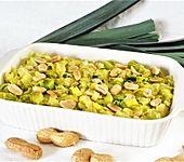 Lauchgemüse mit Kokosmilch und Erdnüssen (Bild)