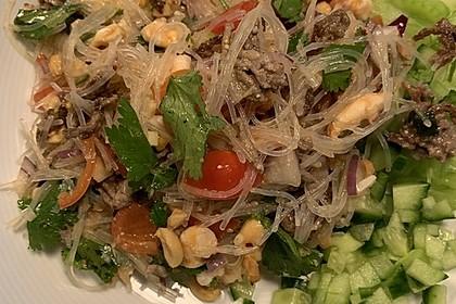 Thailaendischer Glasnudelsalat 1