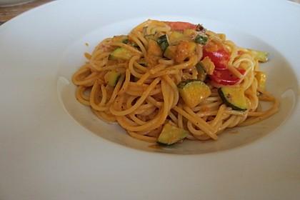 Tomaten-Zucchini-Spaghetti (Bild)
