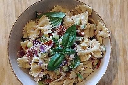 Nudelsalat mit getrockneten Tomaten 2