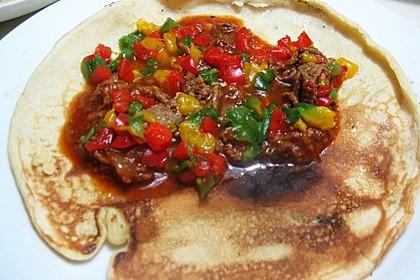 Pfannenkuchen mit Paprika und Hackfleisch 1