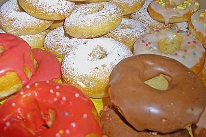 Donuts aus Quark - Öl - Teig für die Backform 6
