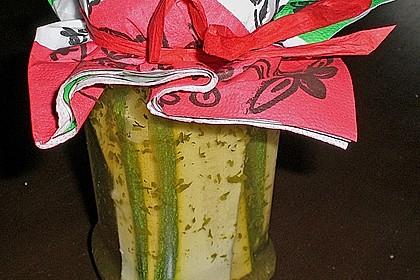 Eingelegte Zucchine mit Knoblauch (2)