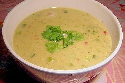 Asiatische Maiscremesuppe mit Curry & Kokosmilch